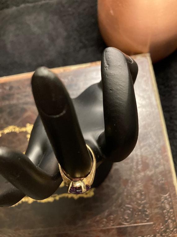 Vintage 14K Gold Amethyst solitaire ring - image 5