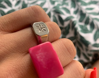 Hot pink marble chunky resin ring