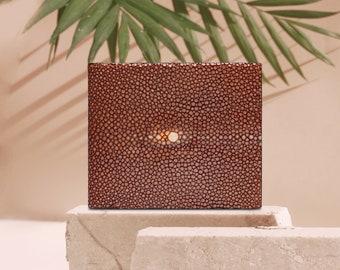 Brown Man Wallet | Atacama | Model Men's Leather Wallet