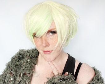 Short green wig, pastel green wig, green bob wig, cyber goth wig, cosplay wig, scene wig -- Galatia