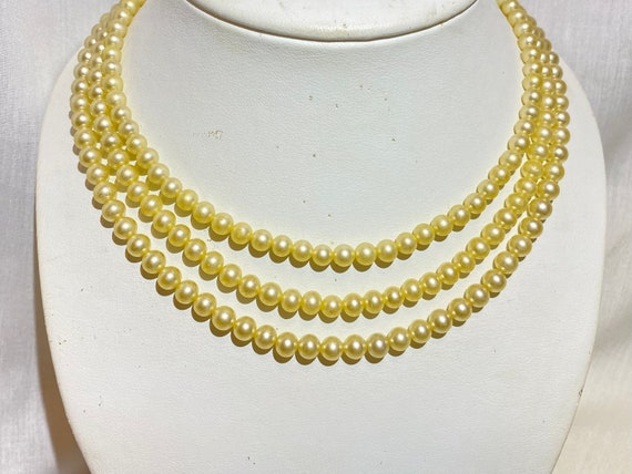 Sarah Coventry Pearl necklace- Faux Pearl and Rhi… - image 6