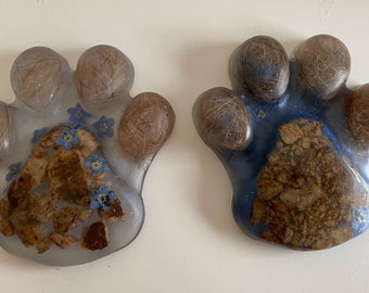 Dog paw memory item ashes/hair handmade from resin