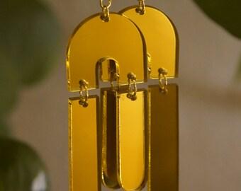 Raining Arch Earrings