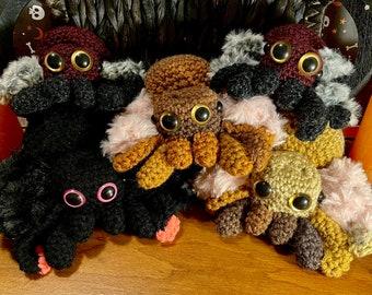 Halloween Stuffed Spider Plush (Crochet/Amigurumi/Knit)