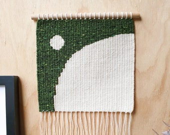 Green Arc - Small Handwoven Artwork |Wall Hanging | Minimalist Design | Natural Fibre Art | Abstract Art