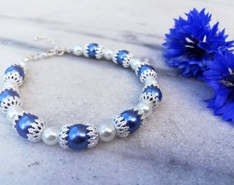 Himingläva 1.0 | Armband med blå och vita pärlor