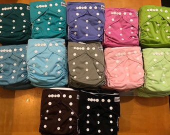 reusable cloth diaper cover with pad