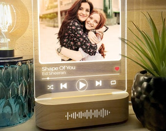 Light Up Scannable Music Plaque, Custom Acrylic Plaque with Stand with free personalised photo or album artwork PRE-ORDER (Awaiting stock)