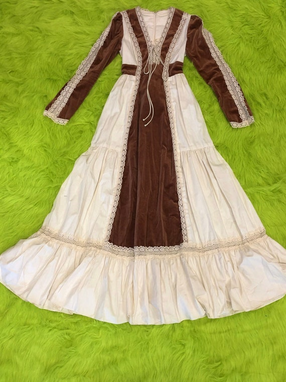 1970s Gunne Sax Maxi Dress - image 1