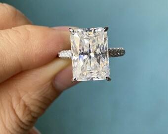 8.00 Carats Radiant Cut Moissanite Diamond Ring
