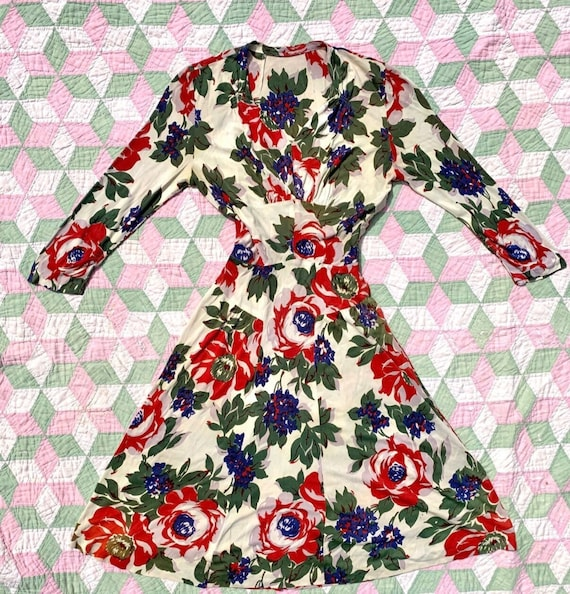 1940s Rayon Jersey Floral Dress / 40s Rayon Dress… - image 1