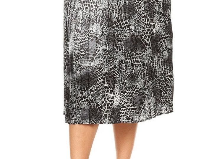 Plus Size Snake Print Skirt