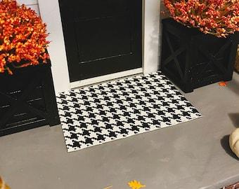 Dollhouse Layering Doormat for 1:12 Miniatures   Doormat Layer for Dollhouses   Herringbone