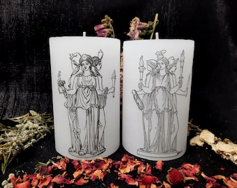 Triple Hekate Pillar Candle - Hecate, 11 cm x 6.8 cm, Soy Candle, Unscented, Ritual, Hekatean Witchcraft, Goddess, Offering, White