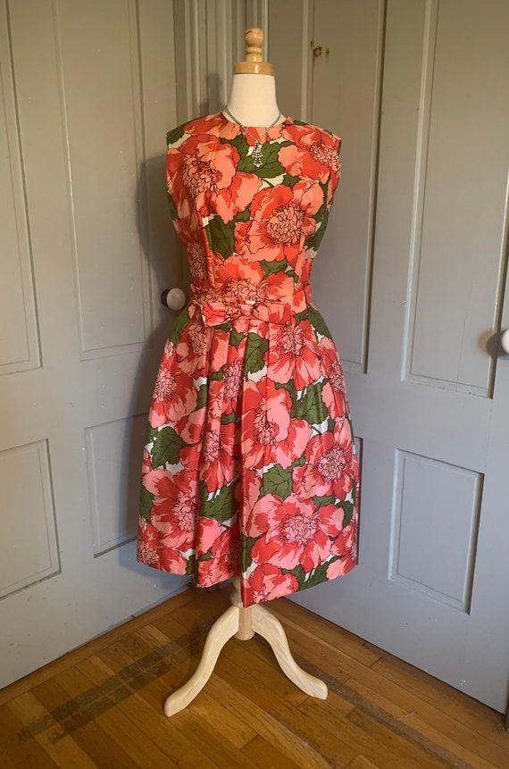 Vintage 1950s 1960s silk dress red floral