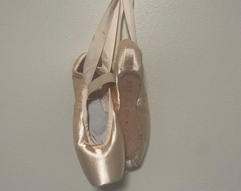 Used/Dead Pointe Shoes With Ribbon