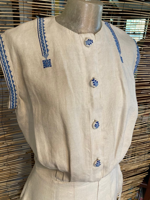 1940s embroidered linen dress - image 2
