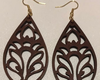 Handmade dangle earrings/dangle earrings/earrings
