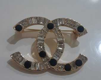 stunning cc brooch ,double cc brooch, 18th birthday, 22th birthday, wedding jewelry gift ,sutunning cc brooch,