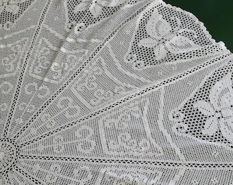 183 cm Ø lace round tablecloth