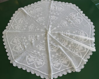 103 cm Ø handmade lace round tablecloth