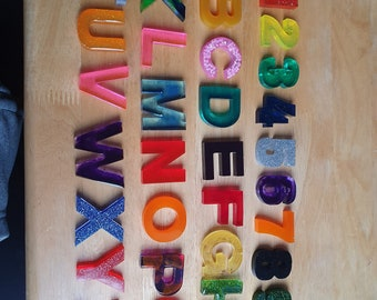 Resin letters and numbers