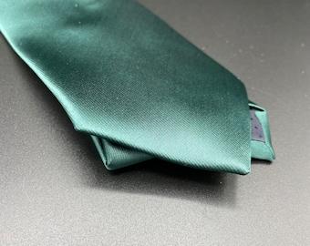 Solid Evergreen Necktie