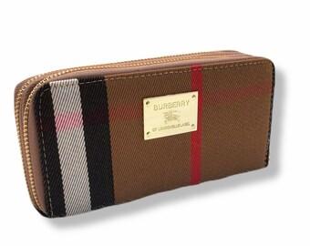 women's wallet plaid design