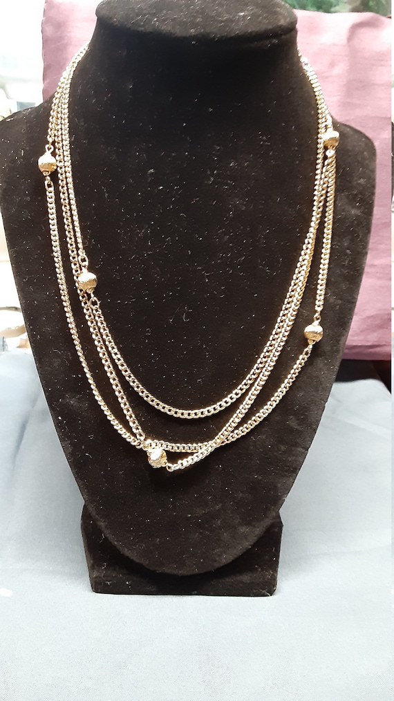 Signed Monet Gold tone necklace