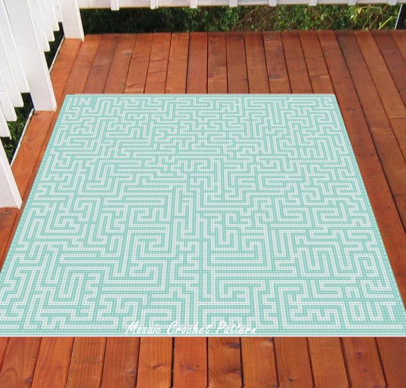 A Mazed King Bed Mosaic Crochet Pattern image 0