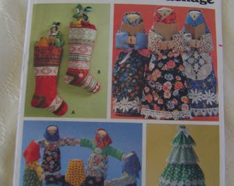 Pattern, Crafts, Butterick #5709 Christmas Craft Package
