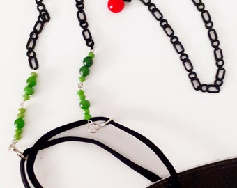 Hang mask, mask holder that transforms if you want into a necklace! Enamel black chain with Murano glass fruits!