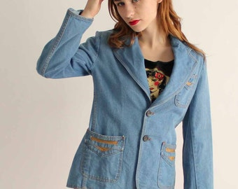 1970s denim jacket . vintage blazer with leather details . womens vintage clothing . medium large