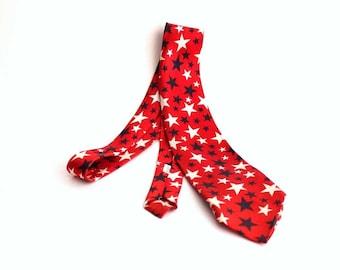 60s 70s vintage necktie - novelty star tie, red white & blue, 4th of July
