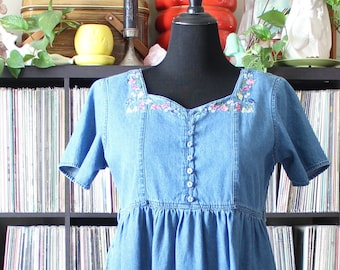 vintage denim chambray smock dress, midi with embroidered flowers, butterflies, pockets, sweetheart neckline, approx petite xl