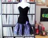 vintage Jessica McClintock Gunne Sax black velvet strapless mini dress with purple lace poof skirt, approx small xs