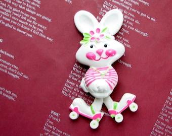 vintage Avon rabbit perfume pin, Rapid Rabit Pin Pal 1974, kinetic anthropomorphic bunny on roller skates fragrance glace
