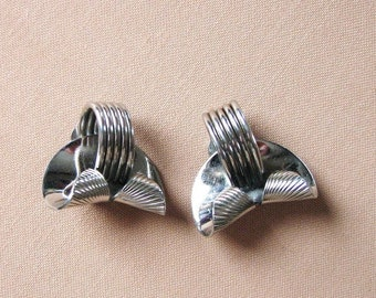 chrome silver vintage clip on earrings by Marvella, modernist style abstract 50s 60s