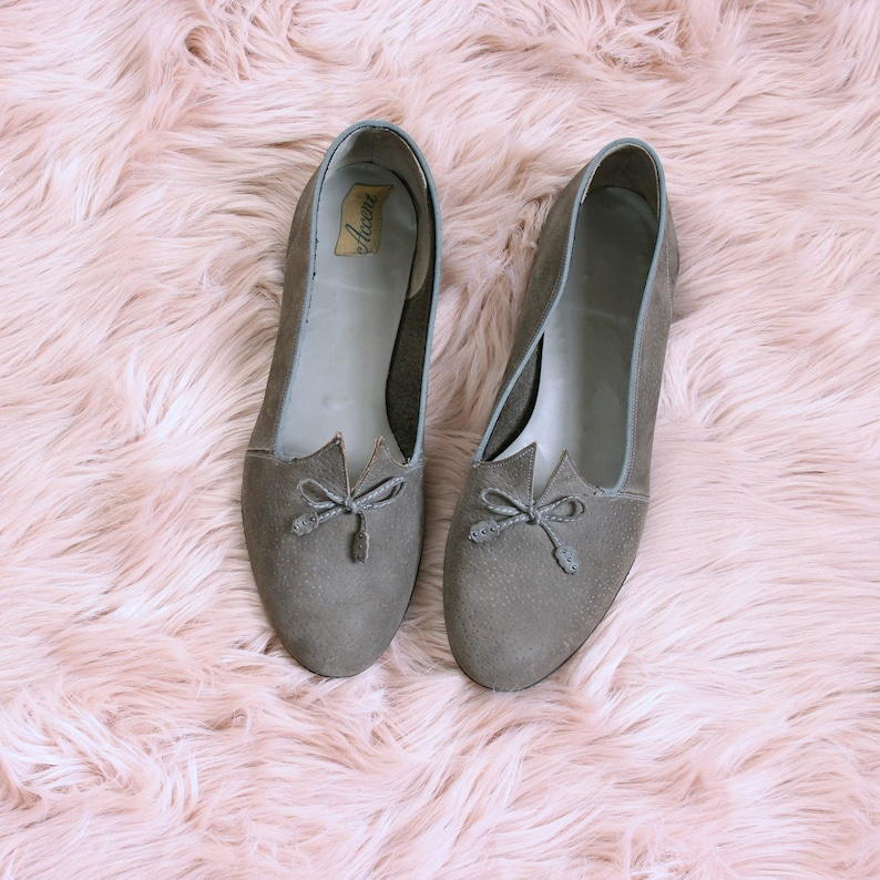 mid century vintage gray suede flats beatnik shoes womens image 0