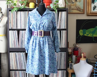 1970s vintage shirtdress, Egyptian print dress in purple and blue, approx medium large