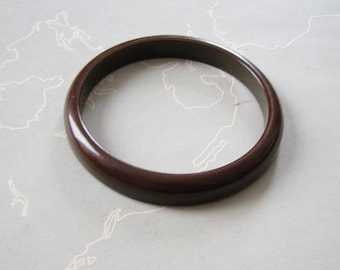 vintage brown bakelite bangle, bookend with one curved wall