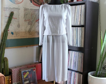 vintage 1980s dress, pale gray with sparkly glitter blouson and micro pleat skirt, approx medium large