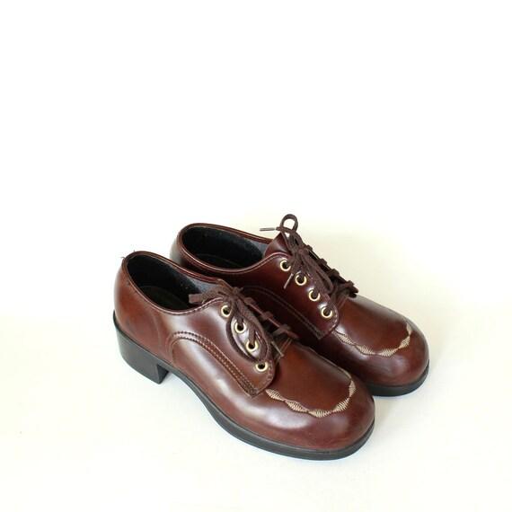 a65ee2c0231 vintage boys shoes size 4.5 . womens platform oxfords size 6