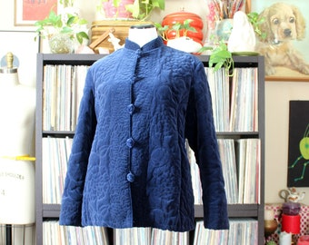 vintage quilted jacket, navy blue velveteen with pockets & mandarin collar, made in Hong Kong, tag size womens large