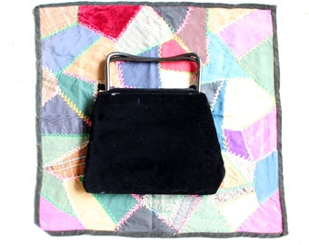 large vintage rayon velvet black handbag with interlocking handles, 1940s 1950s Garay purse