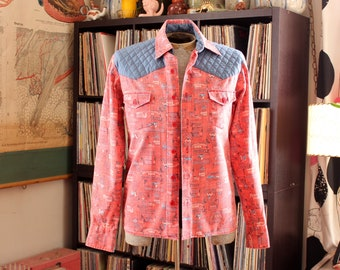 mens 60s 70s western shirt, flannel with Old West poster novelty print, quilted shoulders, square hem . small medium