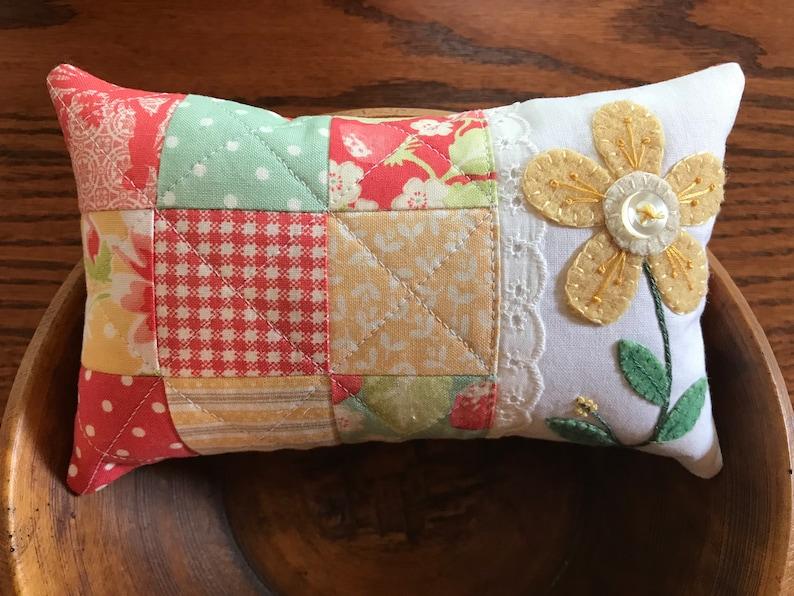 fun and easy Kit; sweet Santa bowl filler//ornament//wool applique