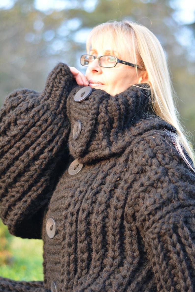 ORDINE cardigan lavorato a mano maglia cappotto cardigan lungo  4c6239addc6