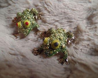 Fun Frog Scatter Pins Set