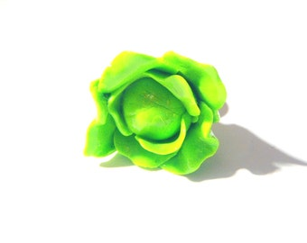 Ring THE LETTUCE -- Polymer clay green lettuce ring, handmade by The Sausage